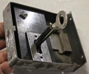 Altes Riegelschloß aus Eisen