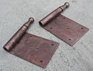Paar große Lappenband-Oberteile, DIN links