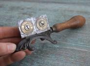 Unbekanntes Werkzeug, Walcots Invention