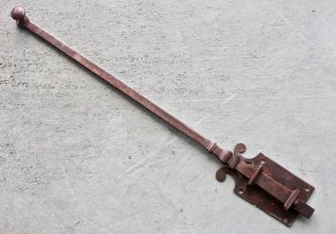 Handgeschmiedeter Türriegel um 1820