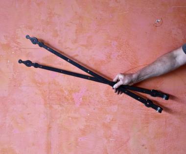 1 Paar besonders lange Türbänder (nicht schwarz!)