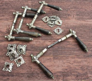 Komplette alte Horn-Drückergarnitur aus Weißbronze