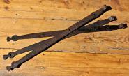 Drei lange barocke Türbänder, 101 cm