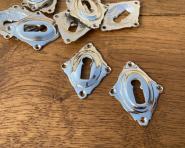 Schlüsselrosetten aus vernickeltem Messing, neu hergestellt