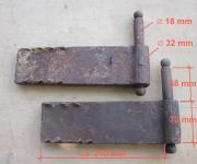 1 Paar große Einmauerkloben, Dorndurchmesser 18 mm
