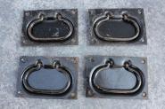 Einlassgriffe aus Eisen, schwarz lackiert
