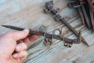 Alte Halterungen für Vorhangverkleidungen aus Holz, 22cm