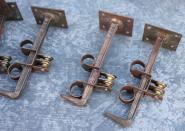 Alte Halterungen für Vorhangverkleidungen aus Holz, 12cm