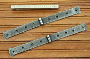 Paar alte Scharnierbänder aus Eisen