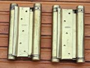 Drei alte Pendeltürbänder aus Messing,Türstärke 35 mm