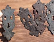 Altes, barockes Schlüsselschild