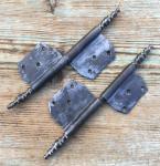 1 Paar alte Fitschenbänder, links