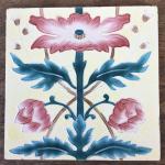 Drei florale Jugendstilfliesen, 20 cm x 20 cm