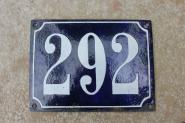 Flache Hausnummer aus Emaille, 15 x 10,5 cm