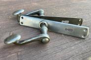 Alte Posthorndrücker aus Eisen