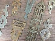 1 Konvolut alter Schlüsselschilder