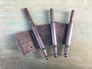 Drei starke Fitschenbandunterteile, 15mm, links