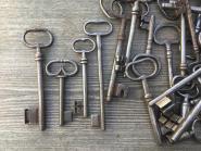 1 großes Konvolut alte Schlüssel