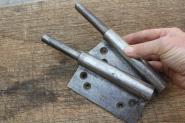 1 Paar besonders große Lappenband-Unterteile, links, 17mm