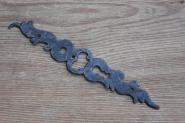Barockes Langschild für eine Tür mit Kastenschloß