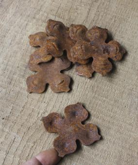 Alte Zierrosette aus Eisen in Kreuzform, Zierteil