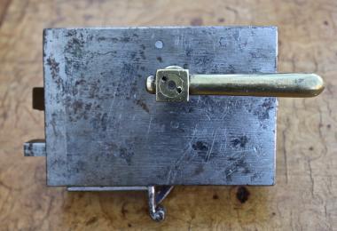 Biedermeierschloss für eine rechts angeschlagene Tür