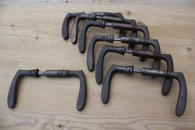 Standard-Drückerpaar aus den 20er-Jahren für Kastenschlösser