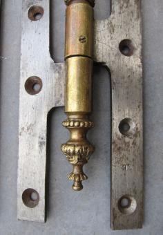 Französische Türbänder für stumpf einschlagende Türen