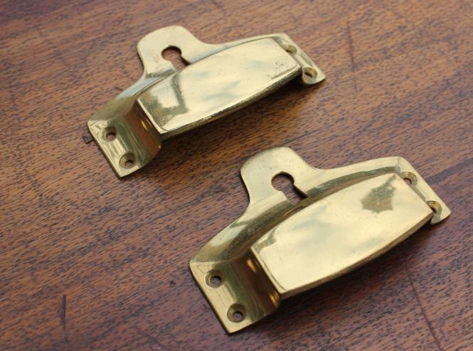 Muschelgriff mit Schlüsselloch, mittel